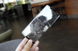 Ochranné sklá na mobil 2,5D, 3D, 5D. Ktoré si vybrať a prečo?